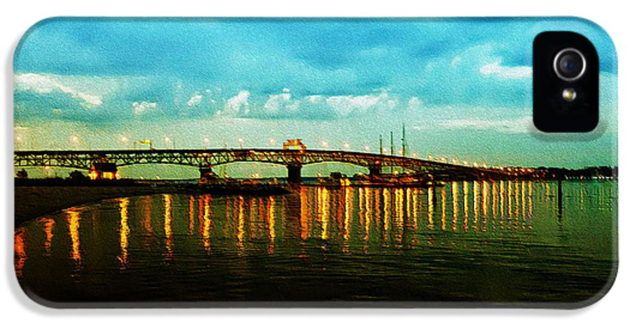 The York River IPhone 5 Case featuring the photograph The York River by Bill Cannon