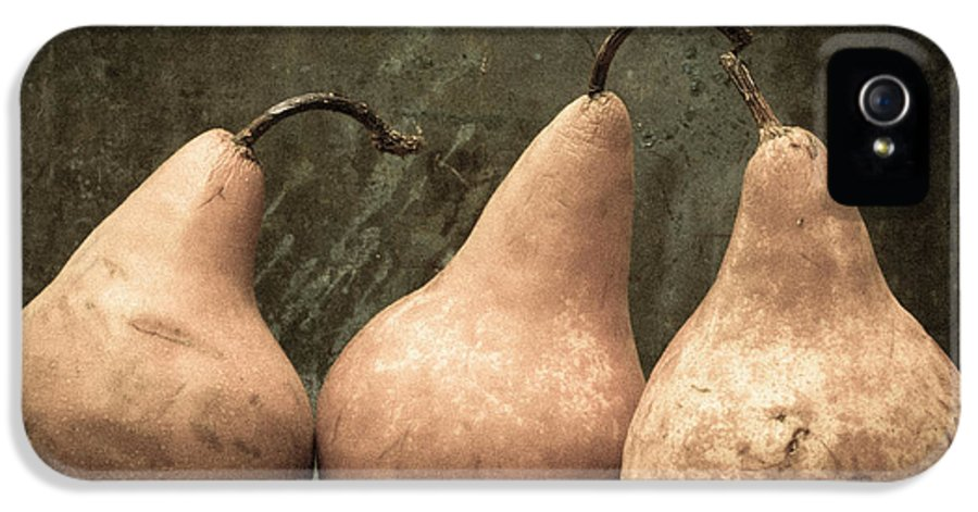 Edward Fielding IPhone 5 Case featuring the photograph Three Pear by Edward Fielding