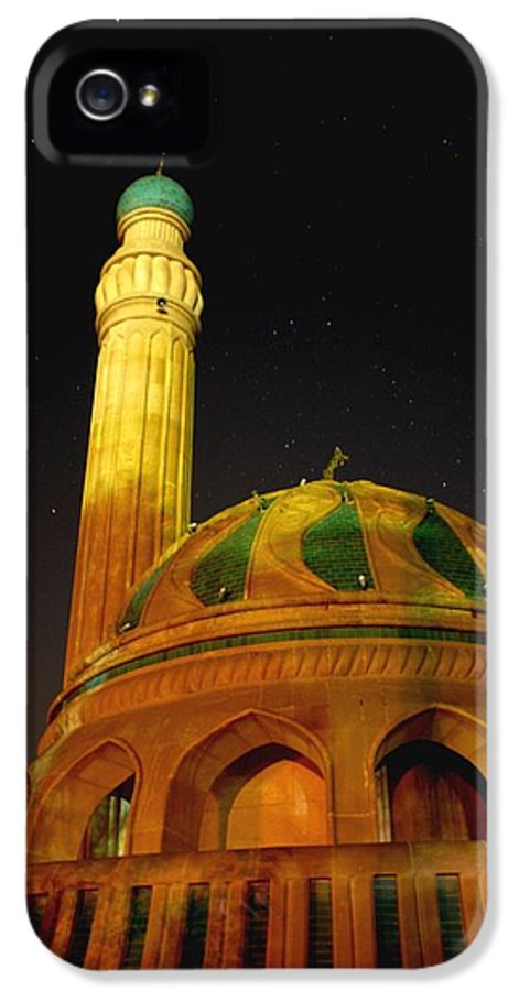 Baghdad IPhone 5 Case featuring the photograph Towering Mosque In The Night by Rick Frost