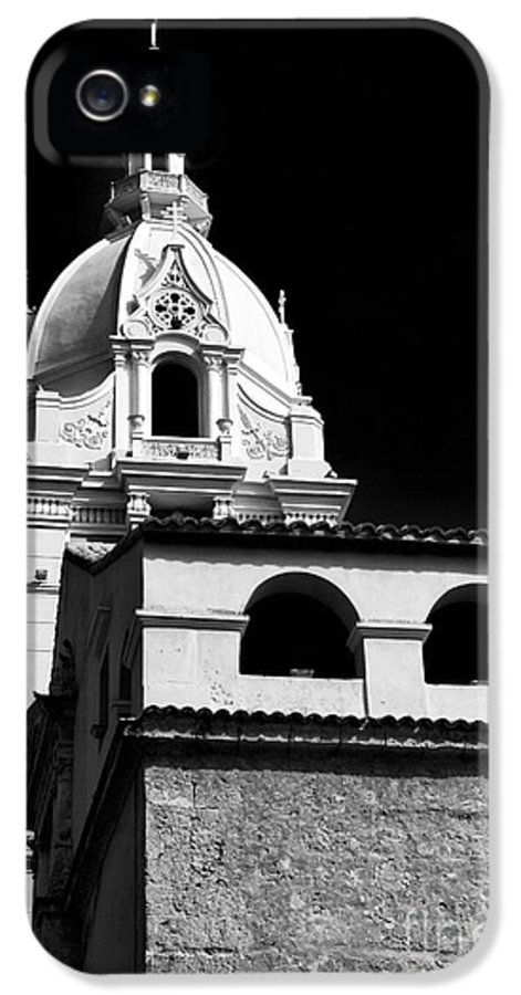 Cathedral In Cartagena IPhone 5 Case featuring the photograph Cathedral In Cartagena by John Rizzuto