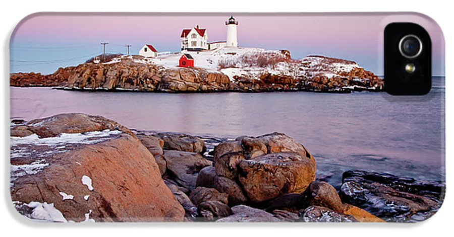 Cape Neddick Light IPhone 5 Case featuring the photograph Nubble Winter Dusk by Susan Cole Kelly
