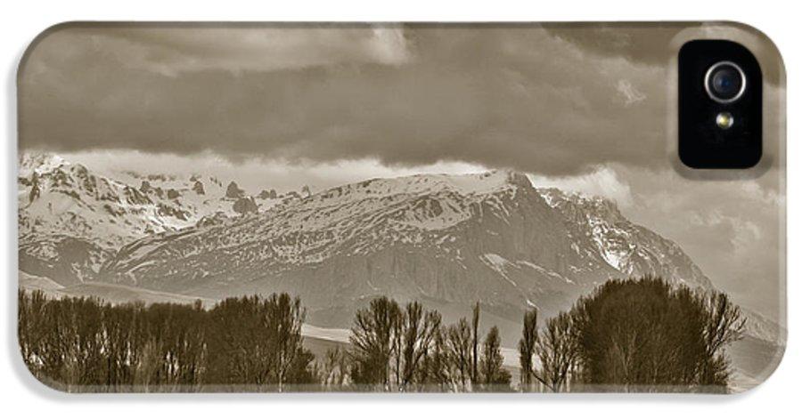 Aladaglar National Park IPhone 5 Case featuring the photograph Aladaglar Mountains by Gabriela Insuratelu