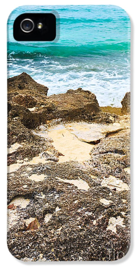 Beach IPhone 5 Case featuring the photograph Seascape by MotHaiBaPhoto Prints