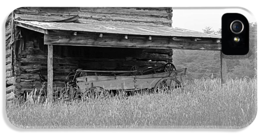 Black And White IPhone 5 Case featuring the photograph Another Time -- Black And White by Suzanne Gaff