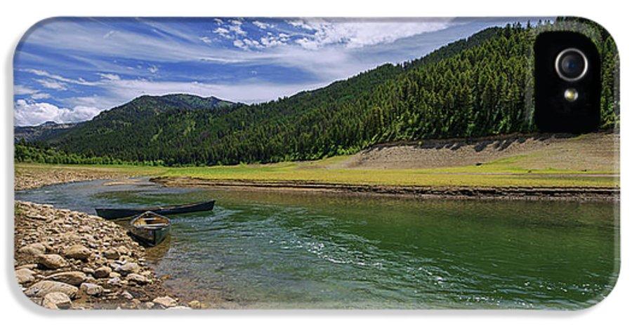 Big Elk Creek IPhone 5 Case featuring the photograph Big Elk Creek by Chad Dutson
