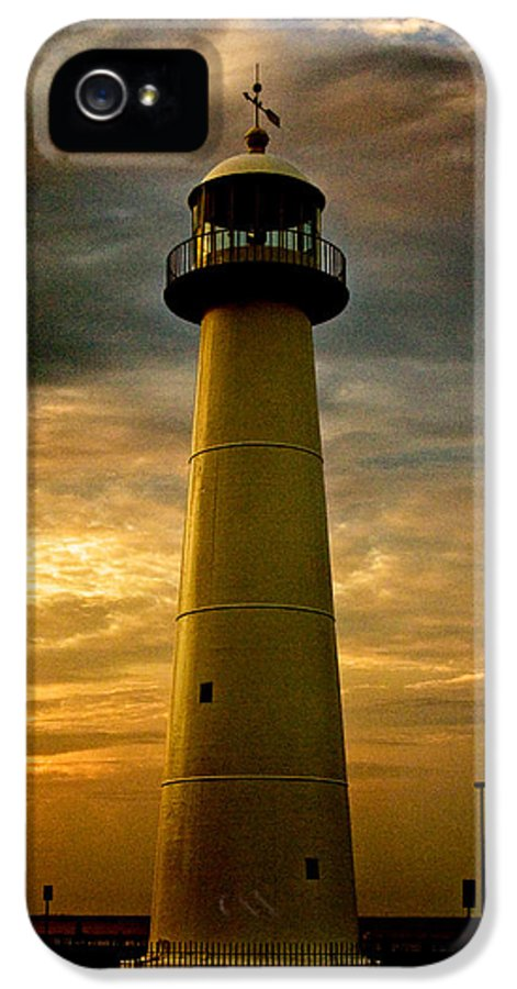 Lighthouse IPhone 5 / 5s Case featuring the photograph Biloxi Lighthouse by Scott Pellegrin