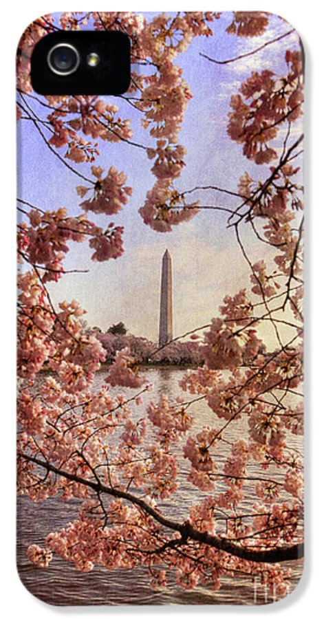 Cherry Blossoms IPhone 5 Case featuring the photograph Cherry Blossoms And The Washington Monument by Lois Bryan