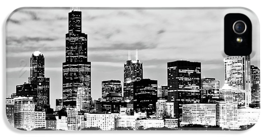 America IPhone 5 Case featuring the photograph Chicago Skyline At Night by Paul Velgos