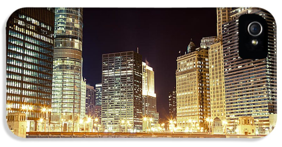 330 North Wabash IPhone 5 Case featuring the photograph Chicago State Street Bridge At Night by Paul Velgos