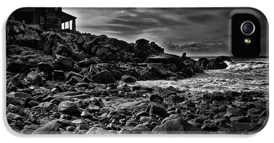 New England IPhone 5 Case featuring the photograph Coastal Home Kennebunkport Maine by Bob Orsillo