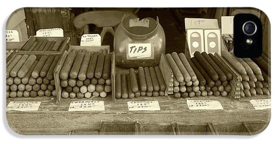 Cigar IPhone 5 Case featuring the photograph Cohiba by Debbi Granruth