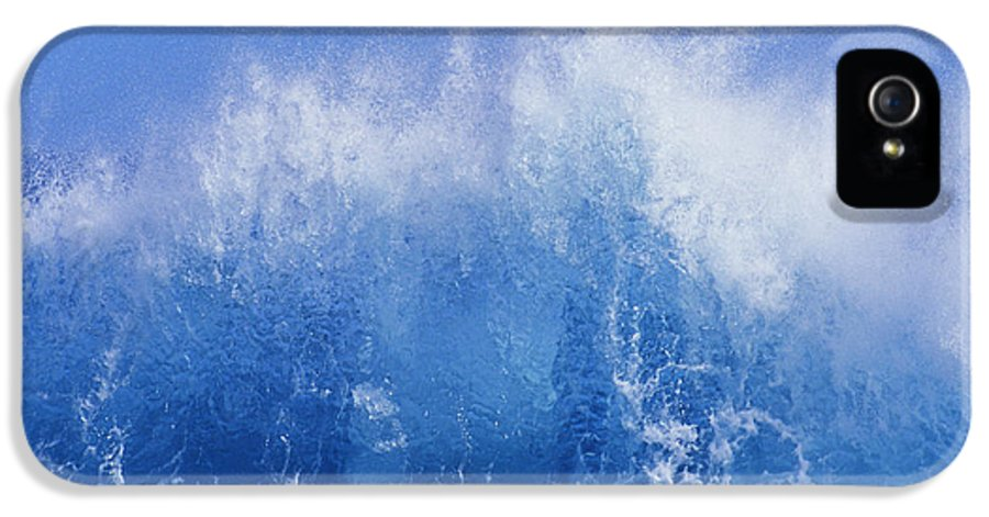 Afternoon IPhone 5 Case featuring the photograph Crashing On Shore by Vince Cavataio - Printscapes
