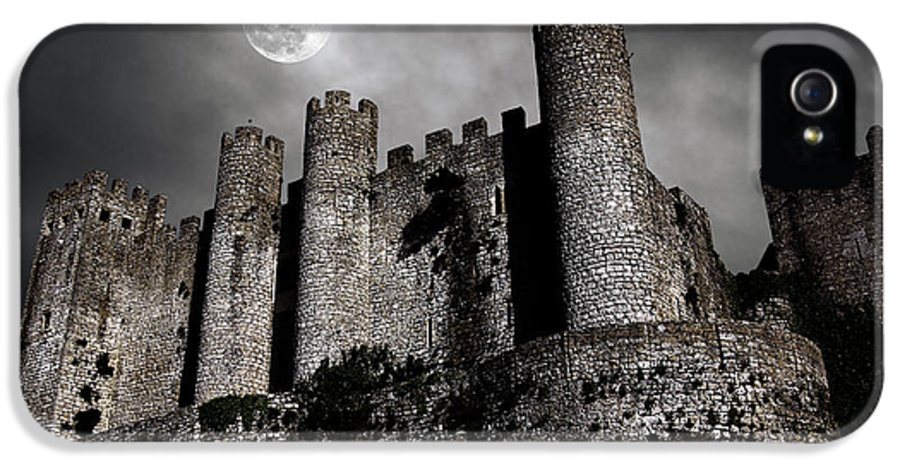 Ancient IPhone 5 Case featuring the photograph Dark Castle by Carlos Caetano