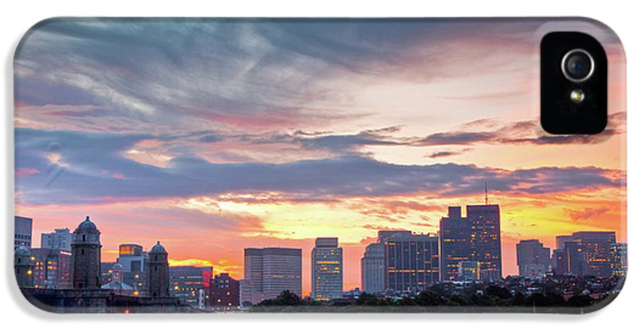 Beacon Hill IPhone 5 Case featuring the photograph Dawn On The Charles River by Susan Cole Kelly