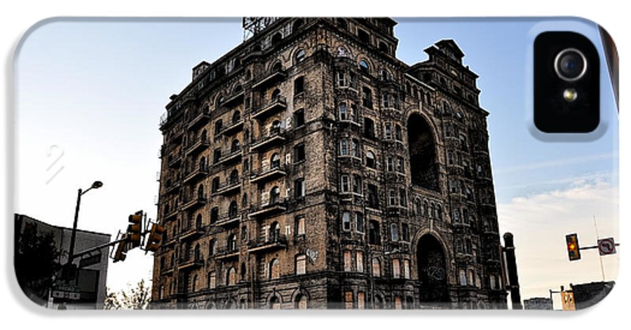 Ruins IPhone 5 Case featuring the photograph Divine Lorraine Hotel by Bill Cannon