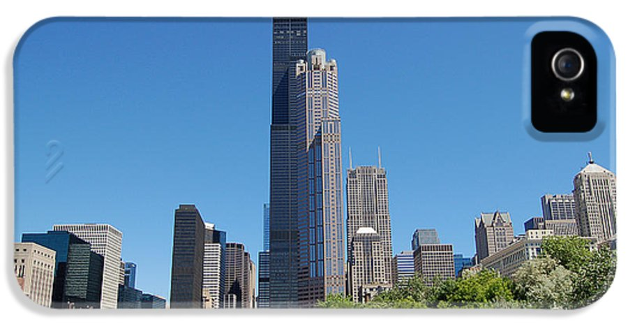 Downtown IPhone 5 Case featuring the photograph Downtown Chicago Skyline - View Along The River by Suzanne Gaff