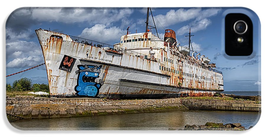 Abandoned IPhone 5 Case featuring the photograph Duke Of Lancaster by Adrian Evans