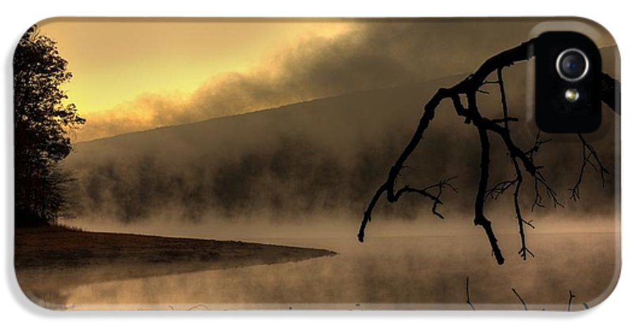 Dawn IPhone 5 Case featuring the photograph Eerie Dawn by Lori Deiter