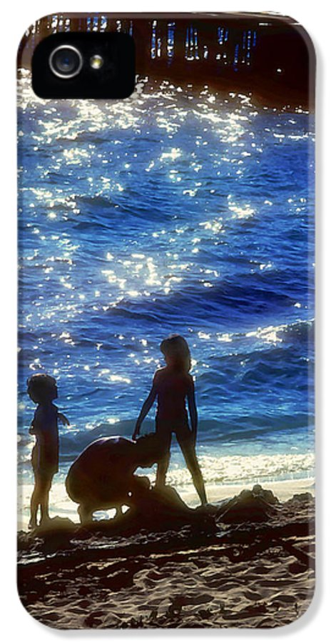 Beach IPhone 5 / 5s Case featuring the painting Evening At The Beach by Stephen Anderson