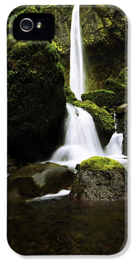 Northwest IPhone 5 Case featuring the photograph Flow by Chad Dutson