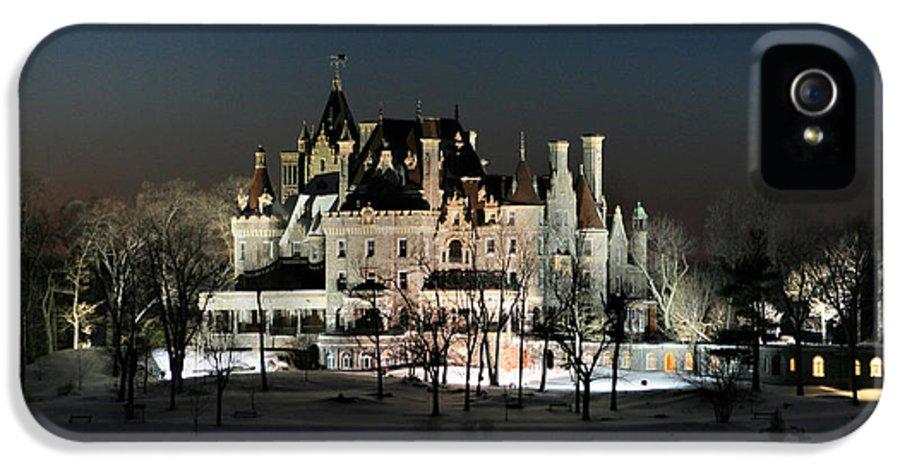 Thousand Islands IPhone 5 Case featuring the photograph Frozen Boldt Castle by Lori Deiter