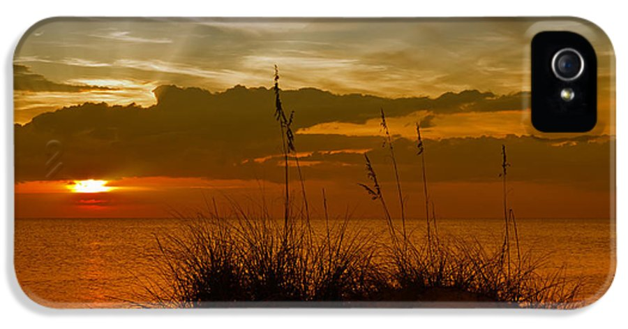 United Staates IPhone 5 Case featuring the photograph Gorgeous Sunset by Melanie Viola