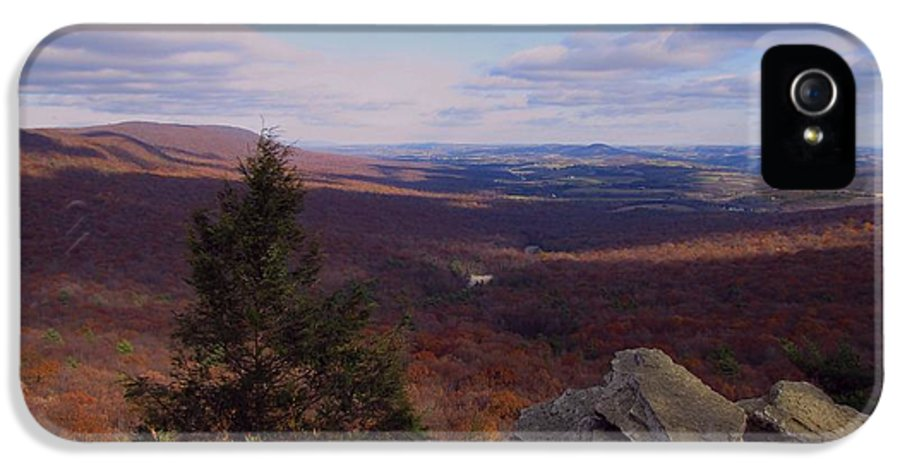Hawk Mountain IPhone 5 Case featuring the photograph Hawk Mountain Sanctuary by David Dehner