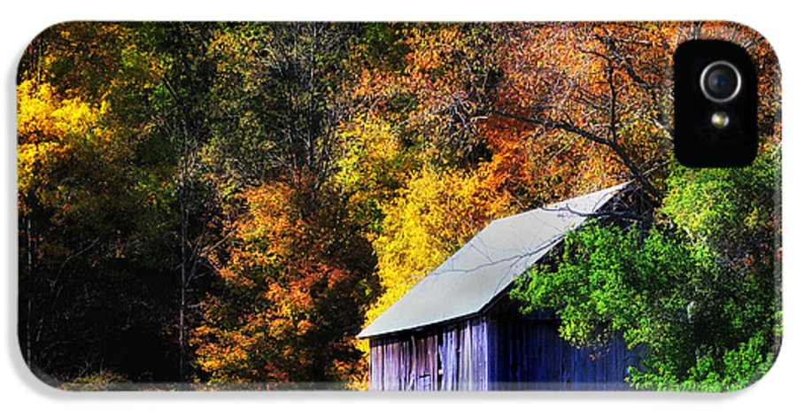 Barns IPhone 5 Case featuring the photograph Kent Hollow II - New England Rustic Barn by Thomas Schoeller