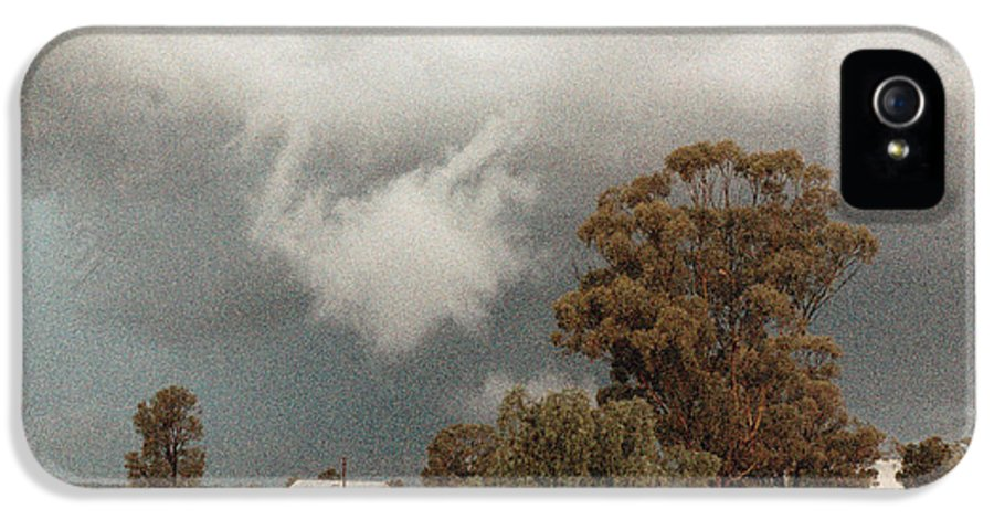 Vicki Ferrari Photography IPhone 5 Case featuring the photograph Kerula Storm by Vicki Ferrari