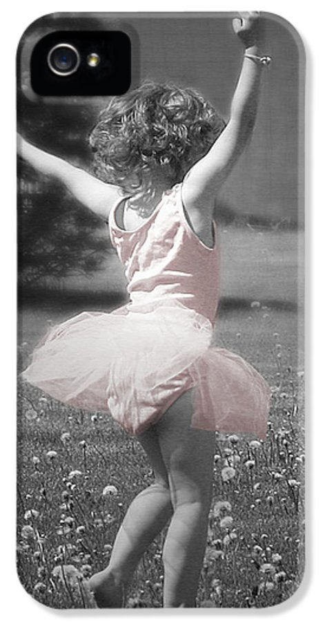 Little Girl IPhone 5 / 5s Case featuring the photograph Life's A Dance by Cindy Singleton