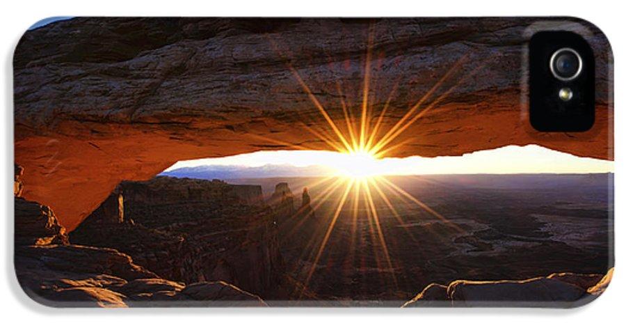Mesa Sunrise IPhone 5 Case featuring the photograph Mesa Sunrise by Chad Dutson