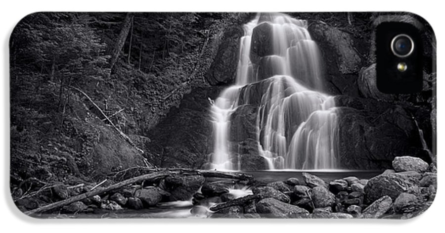 Moss Glen Falls IPhone 5 Case featuring the photograph Moss Glen Falls - Monochrome by Stephen Stookey