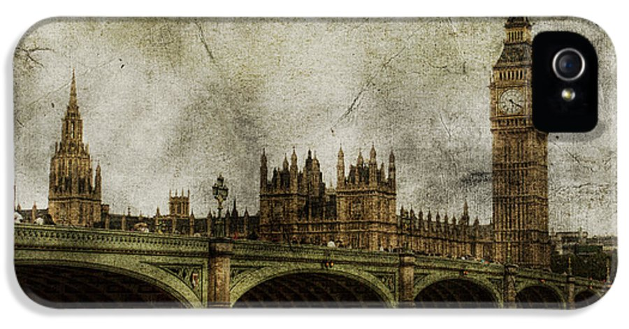 London IPhone 5 Case featuring the photograph Noble Attributes by Andrew Paranavitana