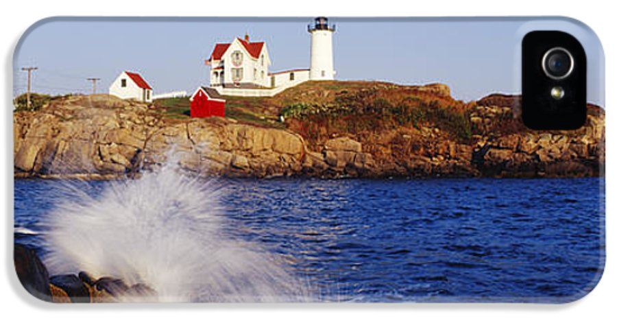 Architecture IPhone 5 Case featuring the photograph Nubble Lighthouse In Daylight by Jeremy Woodhouse