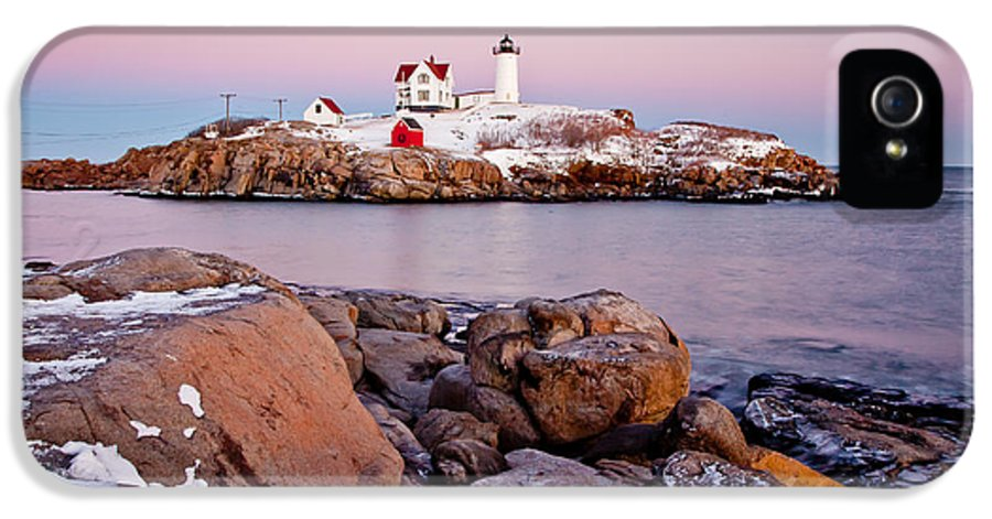 Cape Neddick Light IPhone 5 Case featuring the photograph Nubble Winter Dusk by Susan Cole Kelly