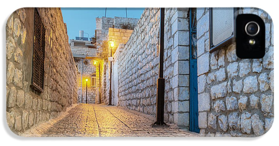Alley IPhone 5 Case featuring the photograph Old Stone Alleyway With Electric Lights by Noam Armonn