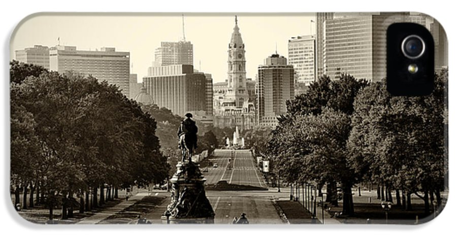 Philadelphia IPhone 5 Case featuring the photograph Philadelphia Benjamin Franklin Parkway In Sepia by Bill Cannon