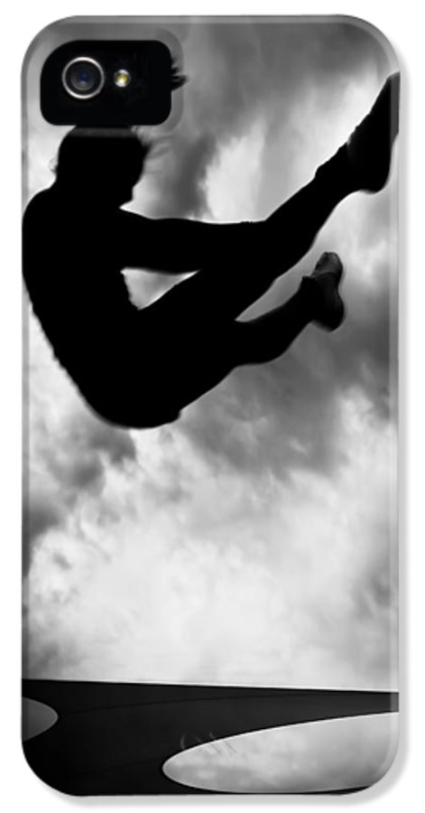 Adventure IPhone 5 Case featuring the photograph Returning To Earth by Bob Orsillo