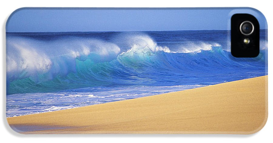 Afternoon IPhone 5 Case featuring the photograph Shorebreak Waves by Ali ONeal - Printscapes