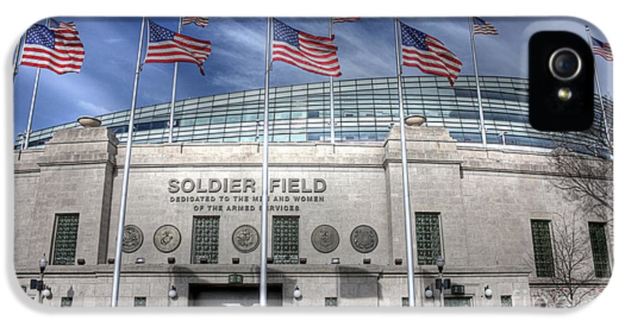 Chicago Illinois IPhone 5 Case featuring the photograph Soldier Field by David Bearden