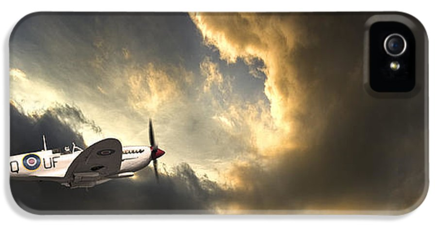 Spitfire IPhone 5 Case featuring the photograph Spitfire by Meirion Matthias