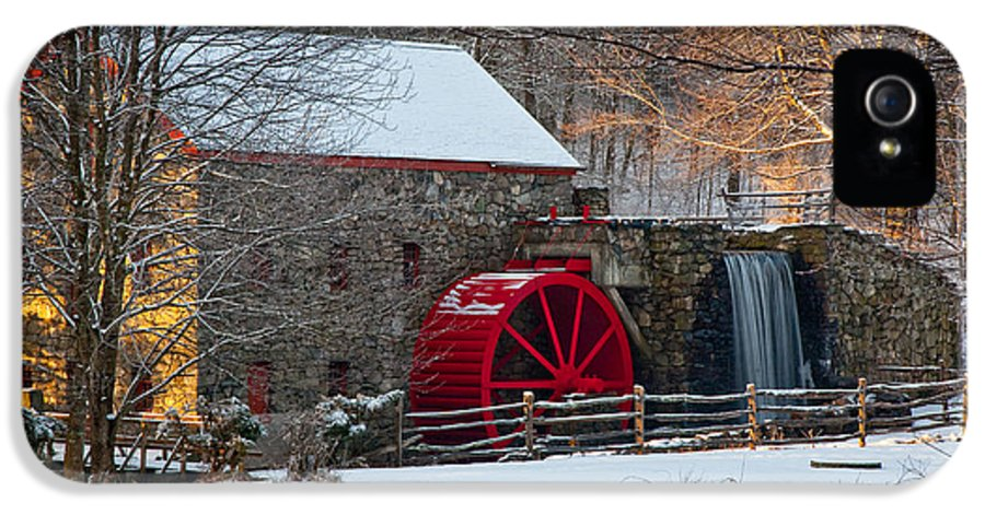 Boston Area IPhone 5 Case featuring the photograph Sudbury Gristmill by Susan Cole Kelly