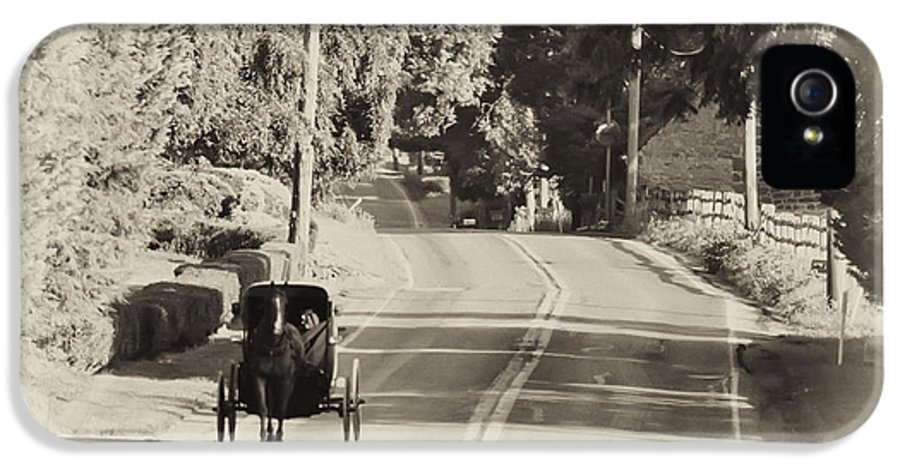 The Amish Buggy IPhone 5 / 5s Case featuring the photograph The Amish Buggy by Bill Cannon