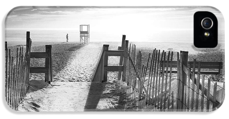 The Beach IPhone 5 Case featuring the photograph The Beach In Black And White by Dapixara Art