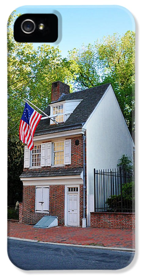 The Betsy Ross House Philadelphia IPhone 5 Case featuring the photograph The Betsy Ross House Philadelphia by Bill Cannon
