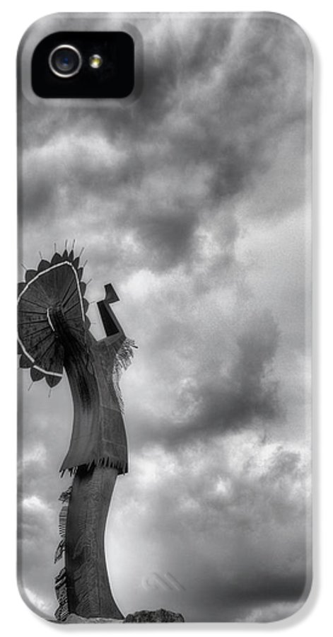 The Keeper Of The Plains IPhone 5 Case featuring the photograph The Keeper by JC Findley