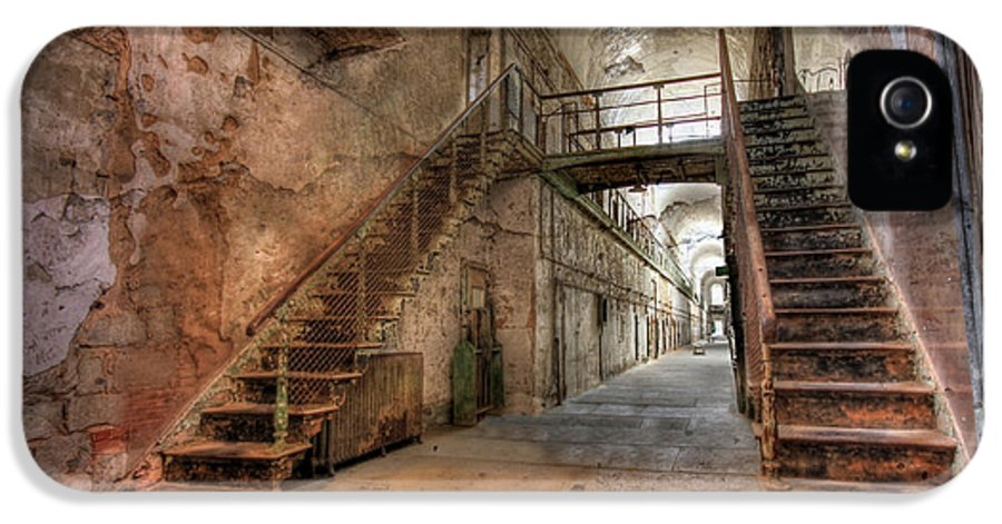 Eastern State Penitentiary IPhone 5 Case featuring the photograph The Sound Of Silence by Lori Deiter