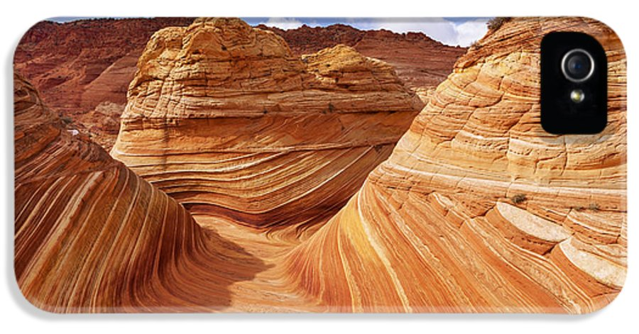 The Wave IPhone 5 Case featuring the photograph The Wave I by Chad Dutson