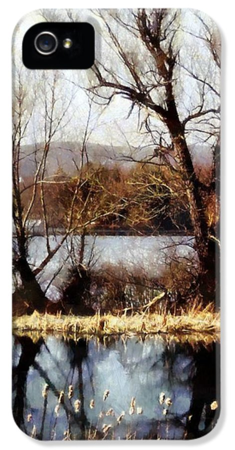 Lake Quinn IPhone 5 Case featuring the photograph Two Souls Reflect by Janine Riley