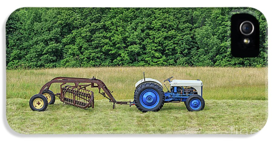 Tractor IPhone 5 Case featuring the photograph Vintage Ford Blue And White Tractor On A Farm by Edward Fielding